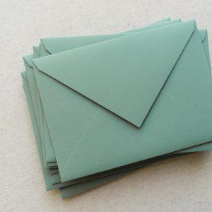 plicuri colorate handmade matcha